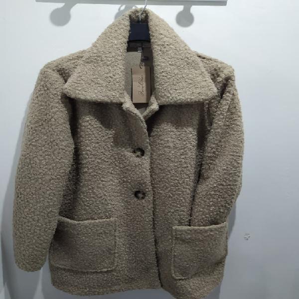Abrigo de rizo nuevo t.48 y 50