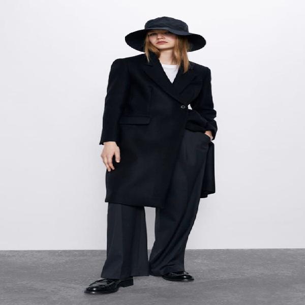 Abrigo negro largo entallado nuevo zara