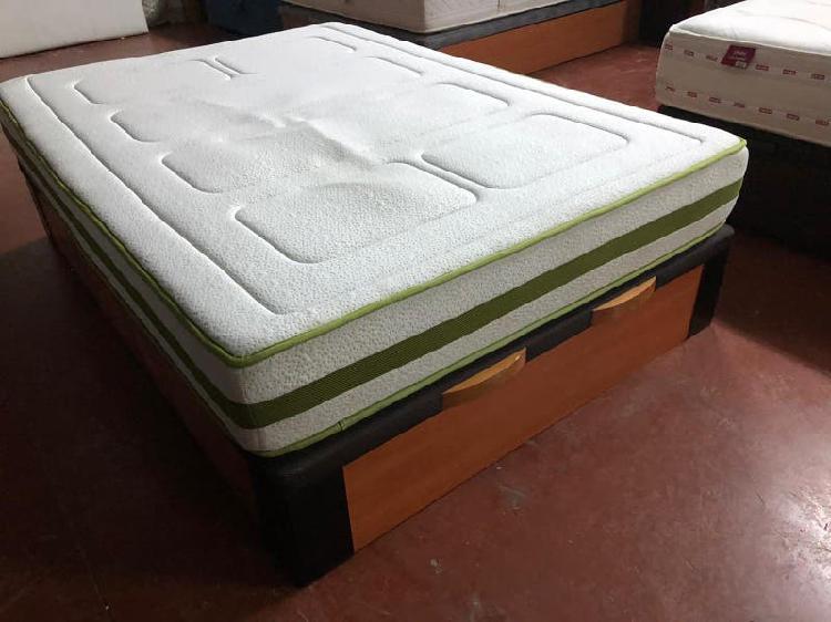 Canape madera 1.35x1.90 y colchon visco