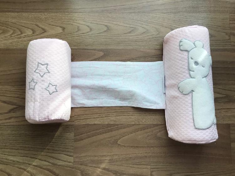 Cojín antivuelco bebé desenfundable