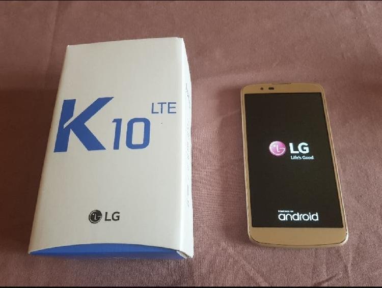 Lg k10 color dorado. como nuevo