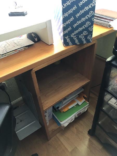 Librería, mesa, estante bajo 2 huecos y est. colga