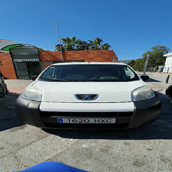 Peugeot bipper 2014