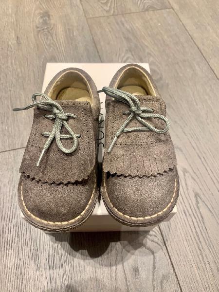 Zapatos niño ingleses ante gris 25