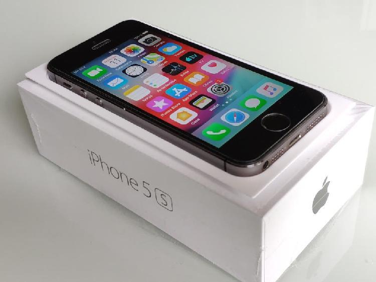 Iphone 5s gris espacial excelente estado.