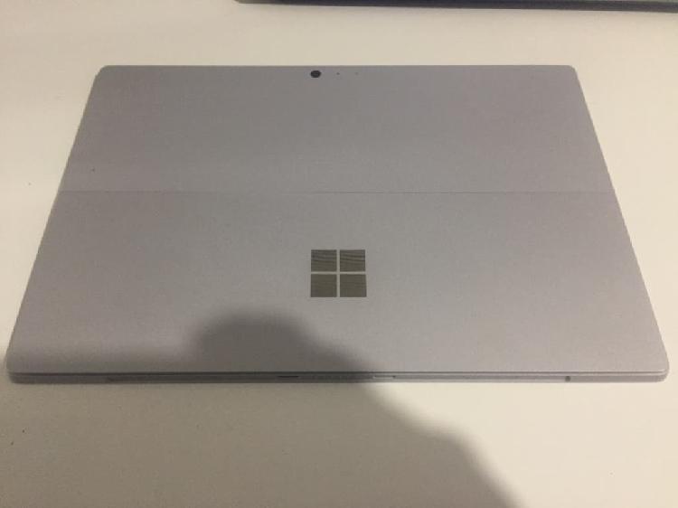 Surface pro 5 para piezas i7 16gb 1tb ssd