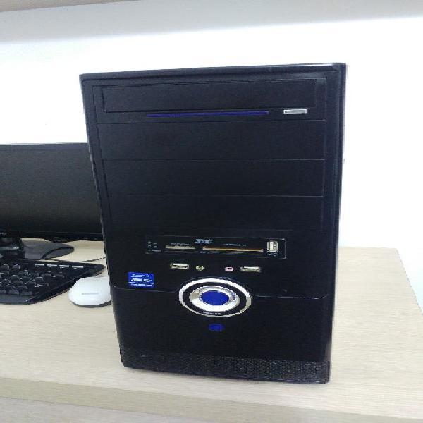 Torre ordenador pc 3gb ram y 300gb disco duro