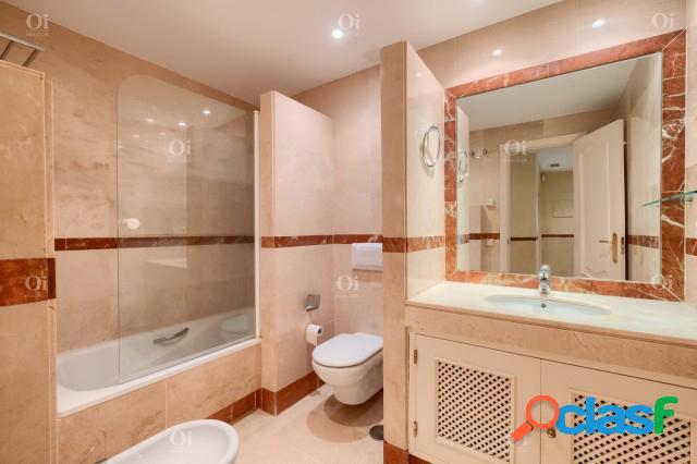 Apartamento en venta en la Milla de Oro, Marbella, Málaga 2