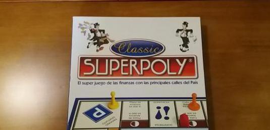 Juego de mesa superpoly