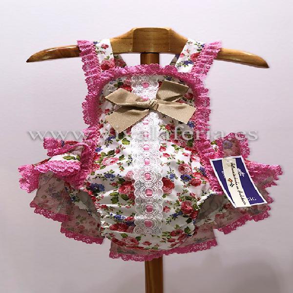 Pelele flamenco para niña estampado de flores
