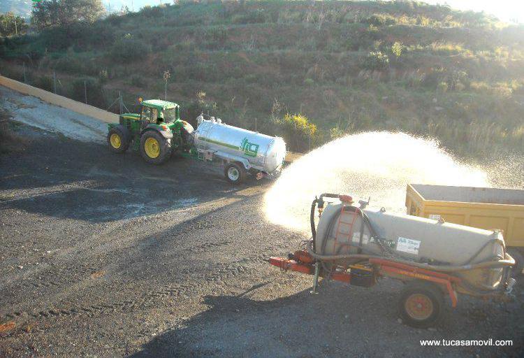 Transporte de agua a su parcela en málaga