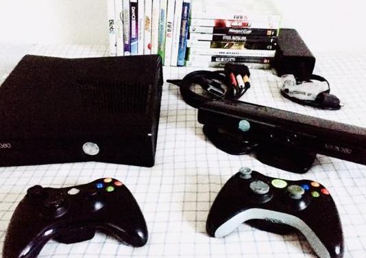 Xbox 360 slim 250gb con kinect