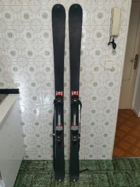 Equipo esquí de travesia