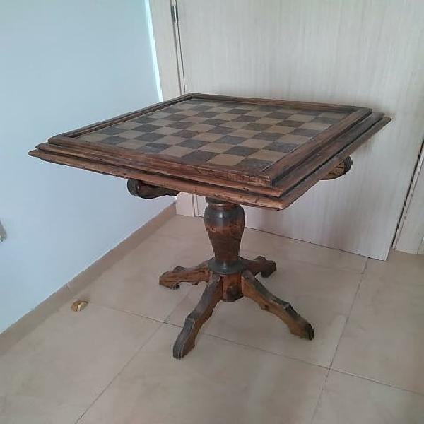 Mesa ajedrez vintage