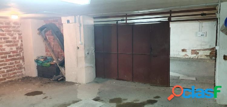 Garaje en venta o alquiler en el centro de plasenica
