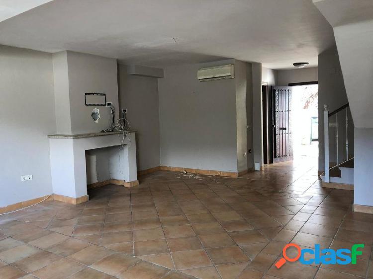 Oportunidad bancaria casa adosada 3 dormitorios en cl igualeja, benahavis