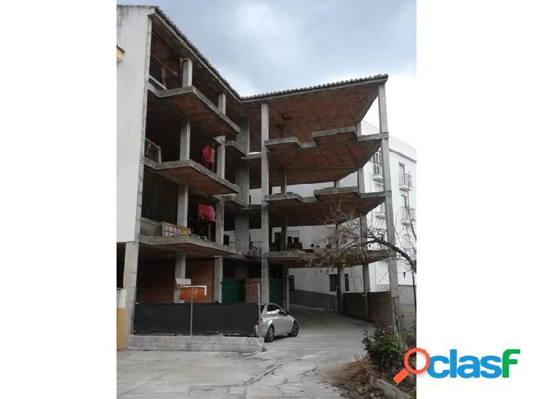 Inmomalaga vende casa 4 plantas en estructura
