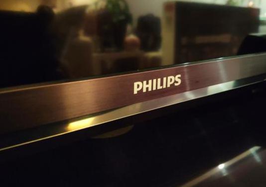 "Televisor smart tv philips 46"""