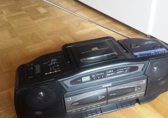 Radio cassette casio