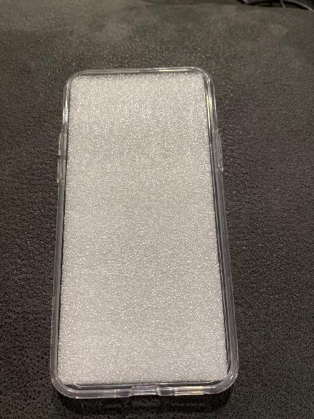 Funda protectora iphone 11 pro nueva sin usar