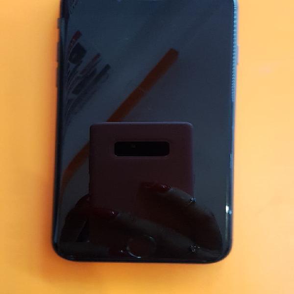 Iphone 8 semi nuevo libre