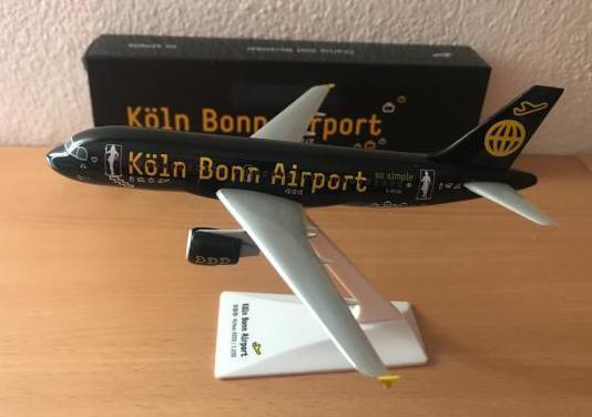 Avión a319 colonia bonn airport 1:200