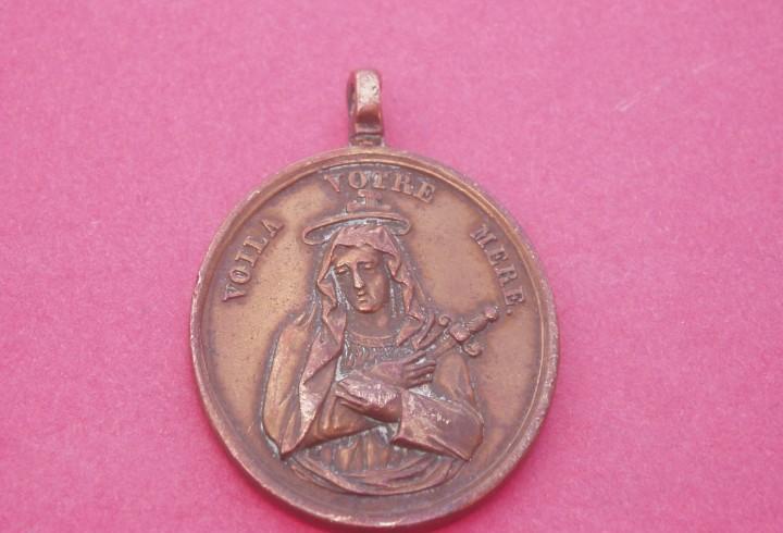 Medalla siglo xix virgen dolorosa y sagrado corazón de