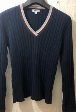 Suéter cuello pico mango talla m