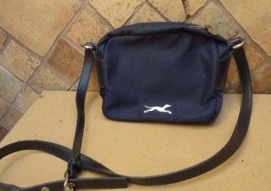 Bolso bimba y lola azul original, mide de ancho 22