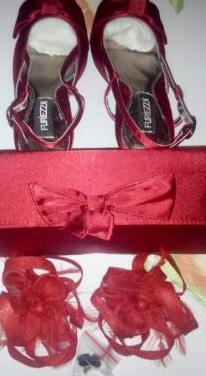 Conjunto de zapatos y bolso