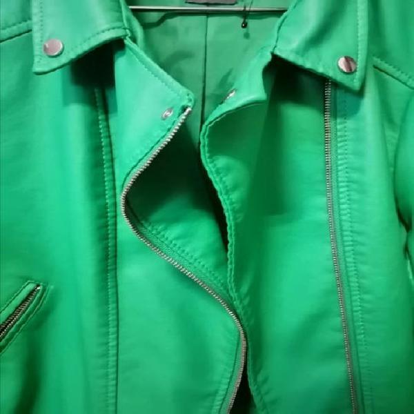 Biker / cazadora verde
