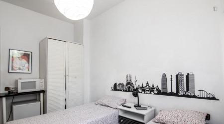Habitacion centrica c/aire acondicionado