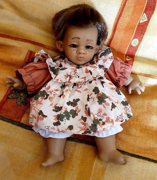 Muñeca clásica de la juguetería sánchez ruiz (así)