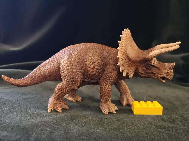 Triceratops de schleich