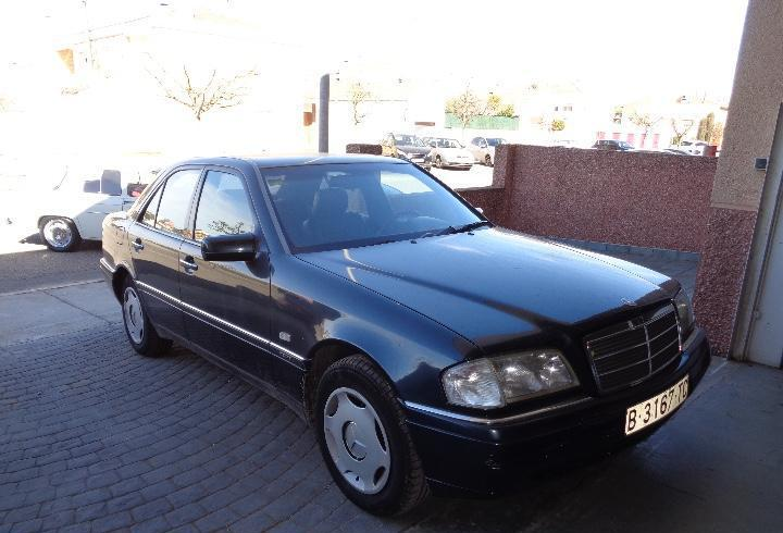 Mercedes benz 180 c elegante