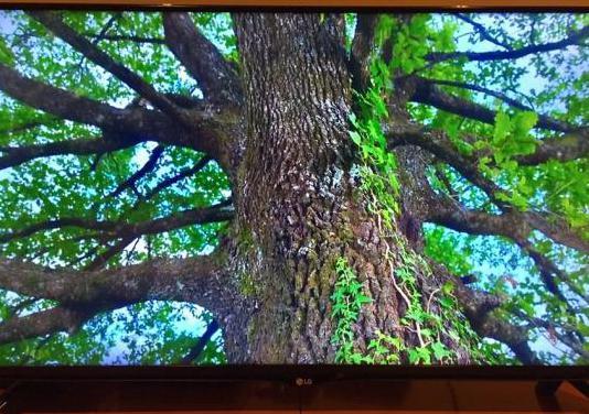 Smart tv led lg 4k. 40
