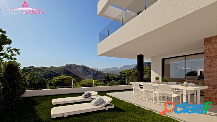 Se venden seis exclusivos apartamentos áticos modernos y plantas bajas con jardín.moraira javea