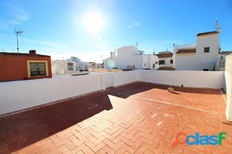 Adosado duplex con gran terraza!