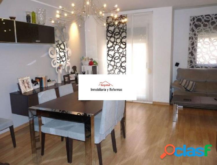 Se vende piso duplex en algemesi