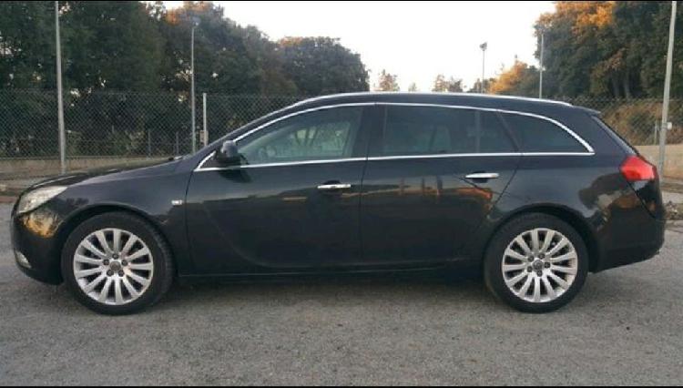 Opel insignia sport tourer 2,0cdti 160cv 2012