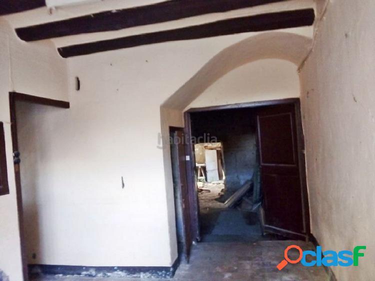Fantástica casa de pueblo a reformar en sant llorenç d´hortons