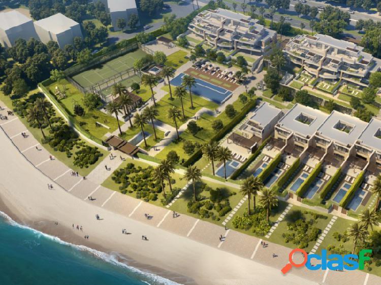 Exclusivo apartamento de 2 habitaciones en la nueva milla de oro de estepona, a pie de playa.