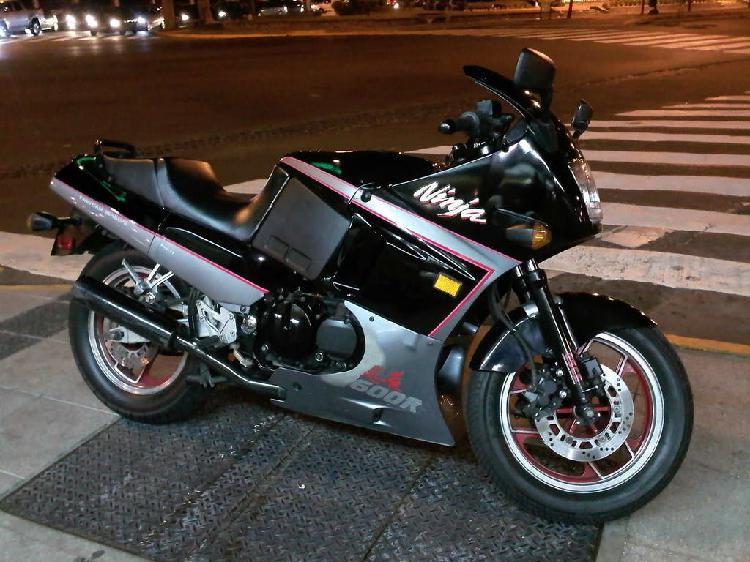 Dos ruedas kawasaki gpx600