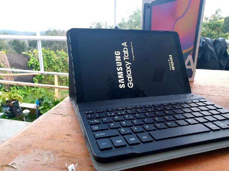 Samsung galaxy tab a 2019 nueva!! teclado y funda