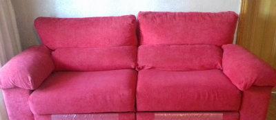 Chollo!! vendo 2 sofás relax 3 plazas.