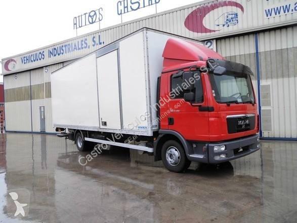Camión man furgón tgl 12.180 4x2 diesel euro 5 rampa