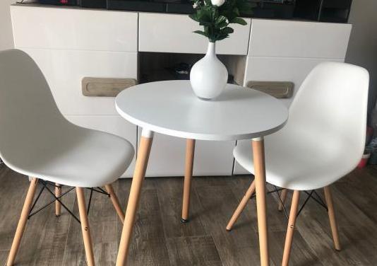 Mesa redonda 60 cm con dos sillas