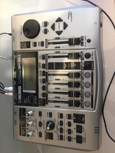 Multipista a digital boss 864