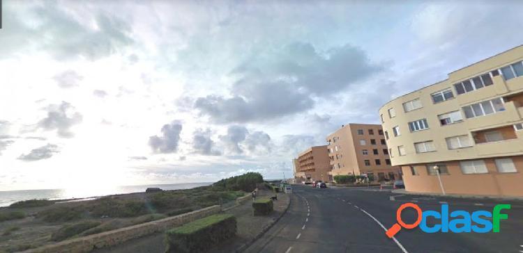 Medano centro. piso 1 habitacion a 150 metros mar con garaje.