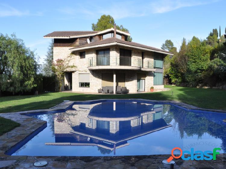 Magnifica casa en gelida (alt penedès- barcelona)
